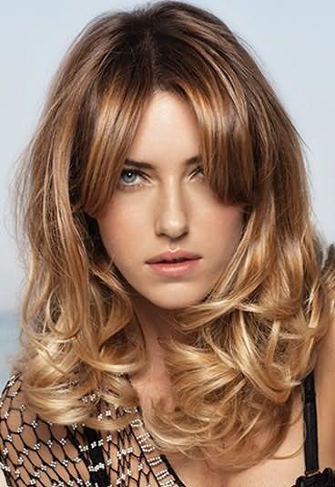 Сейчас также популярна идея отросшего блондирования.