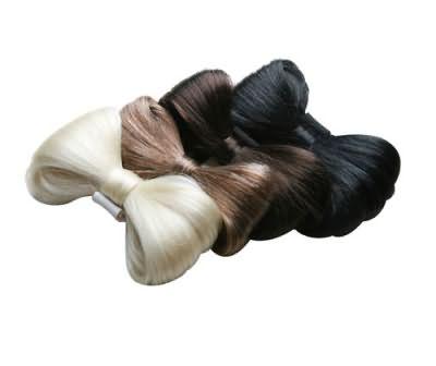 Заколки-бантики - прекрасная альтернатива на короткие волосы.