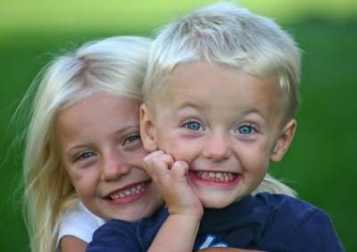 Чаще белокурые волосы встречаются у детей европеоидной или австралоидной рас.
