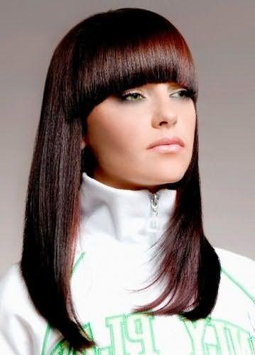 Фото причёски с чёлкой полукругом