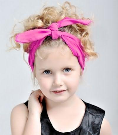 Ободки и повязки – быстрый способ преобразить юную красавицу
