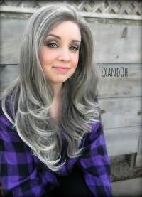 Оригинальная укладка волос серого цвета
