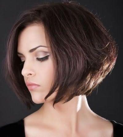 Чтобы узнать, кому идет та или иная вариация каре с удлинением, необходимо ознакомиться с особенностями подбора стрижки, ориентируясь на форму лица