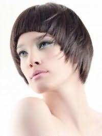Рваная стрижка для коротких волос на основе стрижки боб
