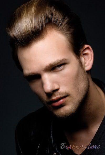 Прямые волосы у мужчин прическа