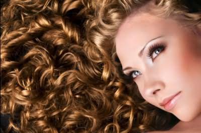 Густые и блестящие волосы: рецепты домашнего ухода