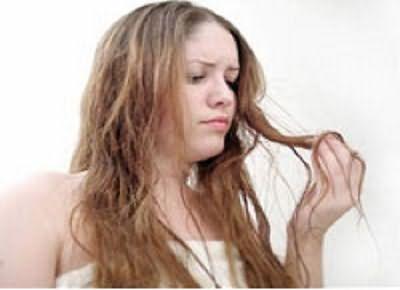 Испорченная шевелюра – вот что больше всего пугает девушек
