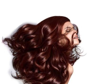 Палитра красок палет подходит для волос любого типа.