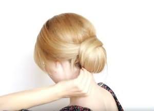 как сделать красивую укладку на средние волосы 12