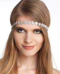 Модный вариант, как заколоть длинные волосы