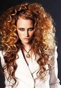 как правильно укладывать кудрявые волосы 6