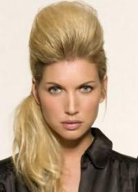 варианты укладки волос средней длины8