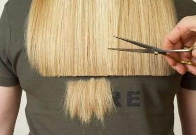 Даже длинные волосы нуждаются в периодической стрижке кончиков