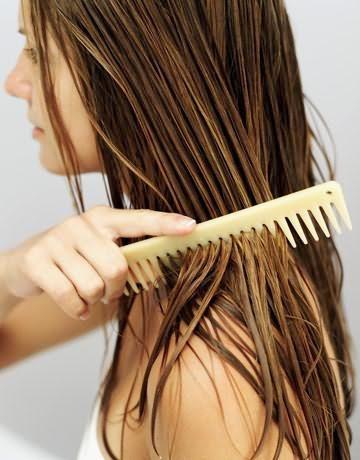 как правильно расчесывать волосы после мытья