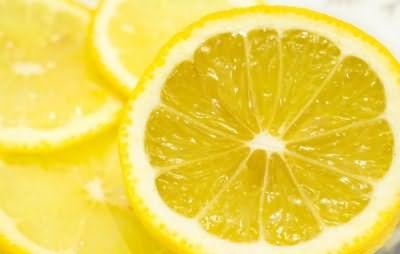 Лимон подскажет, как уложить волосы - чтобы они не пушились