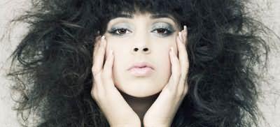 Повышенная пушистость волос может стать проблемой