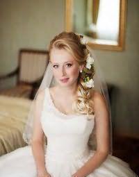 Свадебная прическа на бок своими руками