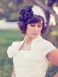Прическа своими руками на свадьбу для волнистых волос