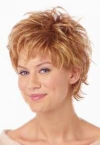 как красиво уложить короткие волосы 5