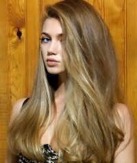 Естественная и быстрая укладка длинных волос.