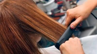 Химическое выравнивание волос