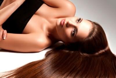 Независимо от цвета и длины волос, их можно сделать сияющими с помощью процедуры ламинирования.