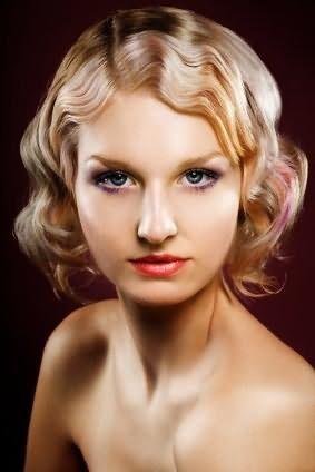 как завить волосы без плойки и бигуди