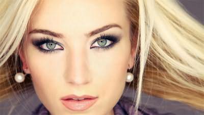 Сероглазая блондинка