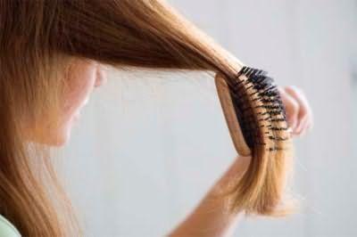 Полезно ли часто расчесывать волосы, как выбрать расческу, существует ли вред от расчесывания, казалось бы, простая процедура рождает немало вопросов