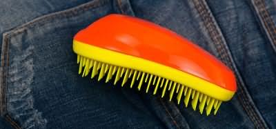 Использование Tangle Teezer позволит вам не задаваться вопросом, полезно ли расчесывать волосы. Ответ будет однозначным – да!