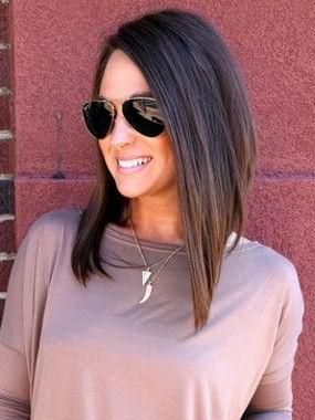 Симбиоз каре и каскада – возможность сохранить длину волос и обновить образ