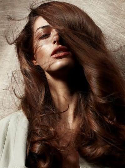 Волосы каштанового цвета – основа исконно славянского девичьего типажа.