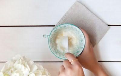 как использовать кокосовое масло для волос на ночь