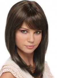 Модная стрижка, не требующая укладки, на средние волосы