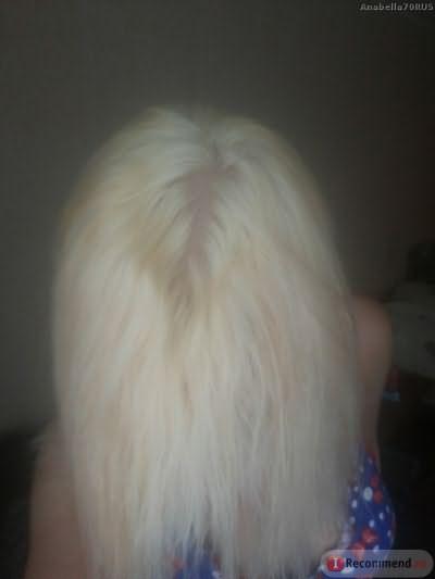 Обесцвеченные волосы до тонировки без вспышки (подсушенные волосы)