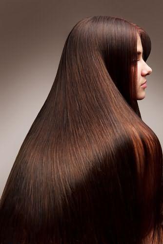 Роскошный коричневый цвет шевелюры придает его обладательницам изысканности и шарма