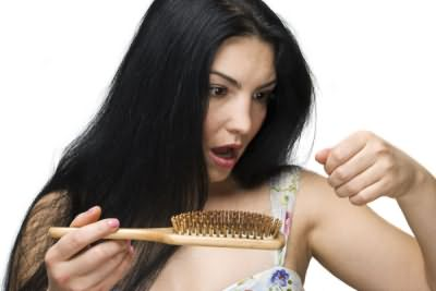 Сколько волос должно оставаться на расческе, чтобы количество не пугало?