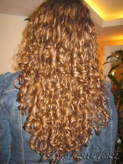 Мокрая химия на длинные волосы имеет некоторые нюансы.