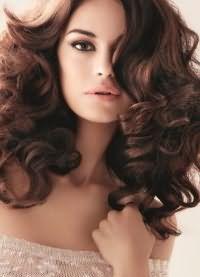 красивые локоны на средние волосы 9