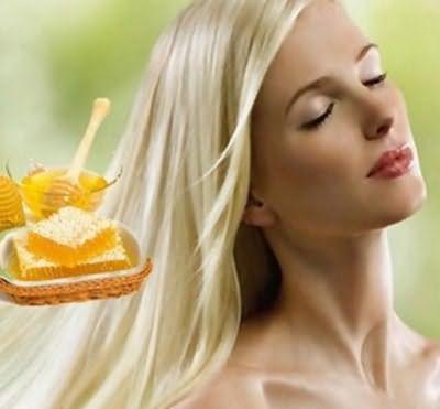 Маски с медом отлично справляются с проблемами сухих волос.