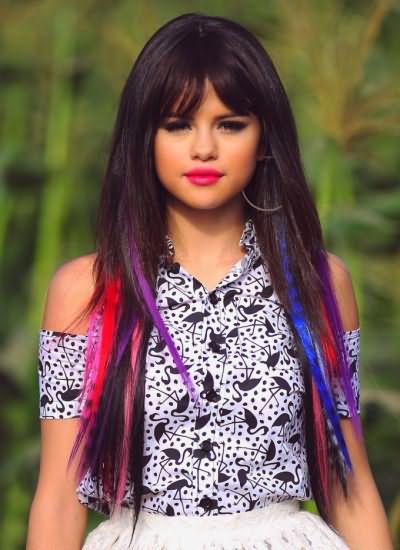 Волосы, окрашенные специальными цветными мелками для волос