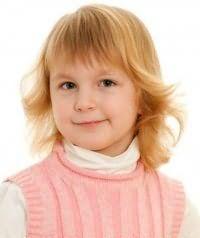Детская стрижка для девочек с челкой
