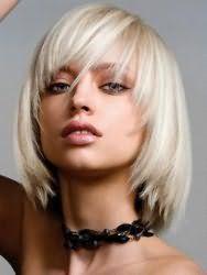 Укладка стрижки удлиненное каре для прямых волос пепельного цвета