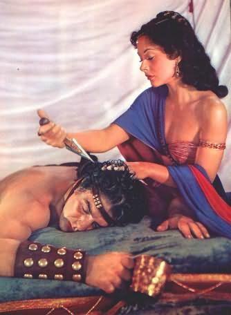 Далила отобрала силу, отрезав волосы Самсону