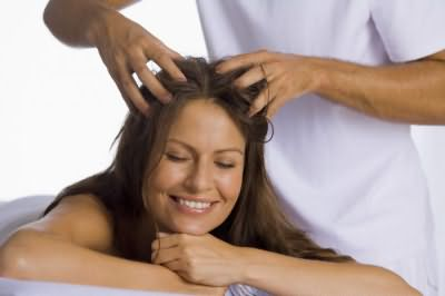 как остановить выпадение волос у женщины в домашних условиях