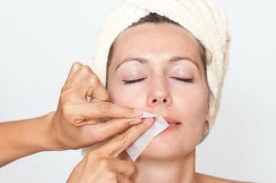 Восковая очистка верхней губы