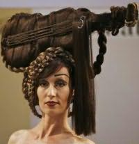Необычная женская прическа