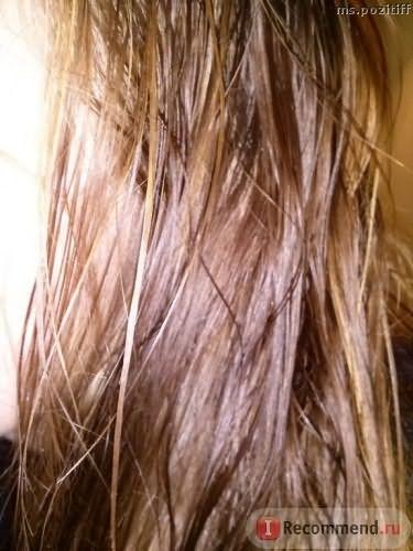 Вымытые волосы, влажнае