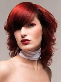 Модная укладка красных волос