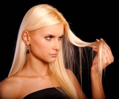 Для блондинок оттеночный шампунь – основное правило поддержания привлекательного оттенка волос